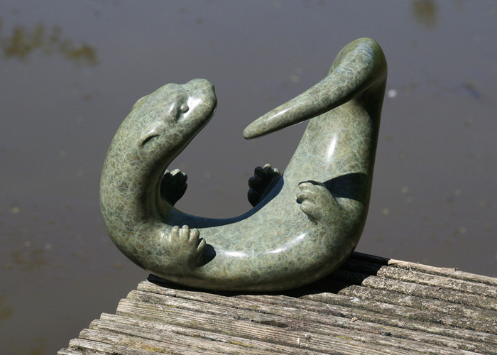 Laurence Broderick Otter sculpture
